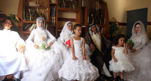 Невесты после свадьбы » Фото архив голых девушек и женщин