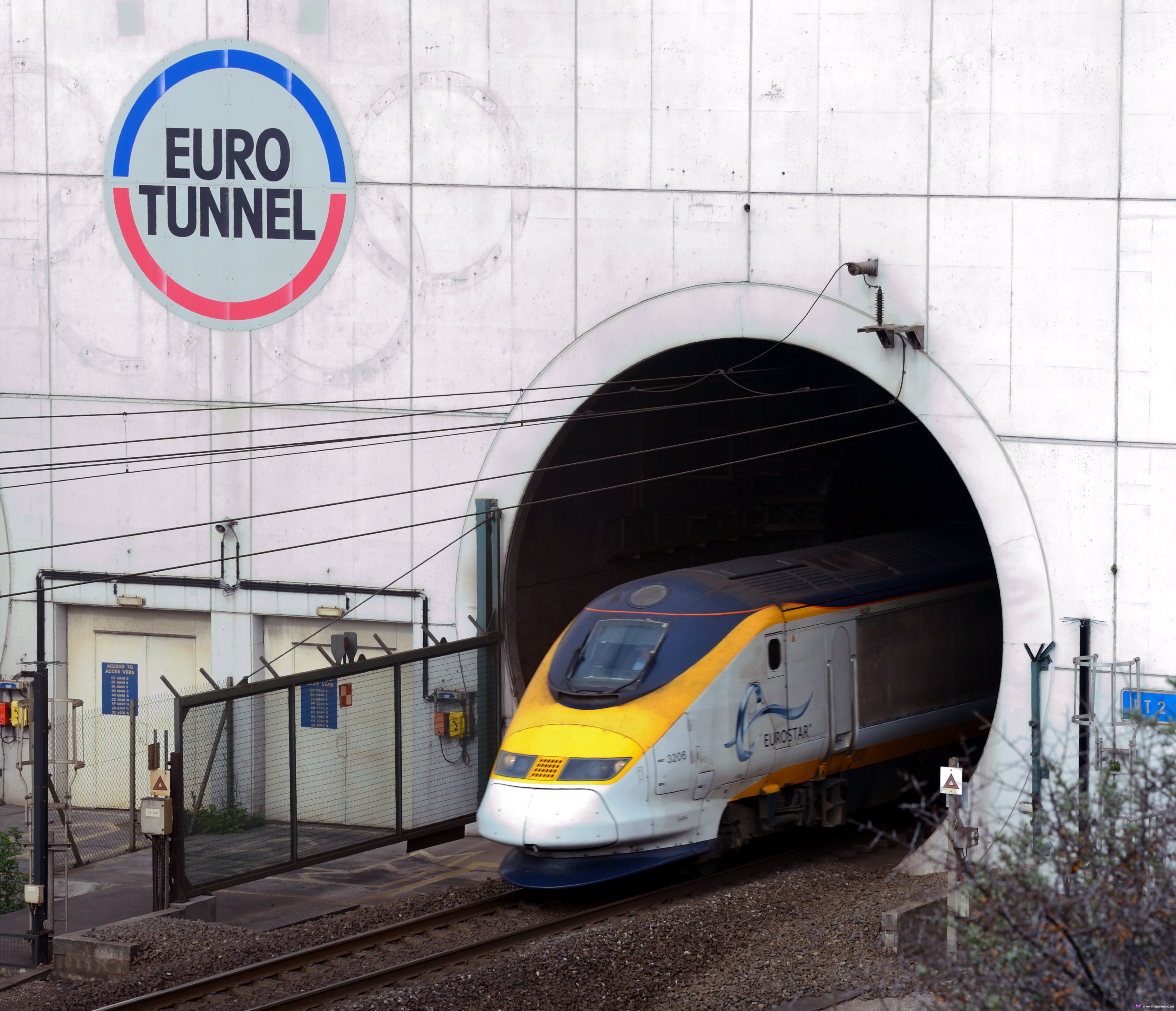 euro tunnel Travel through euro tunnel from uk to france the channel tunnel is a 505-kilometre (314 mi) undersea rail tunnelat its lowest point, it is 75 metres (250.