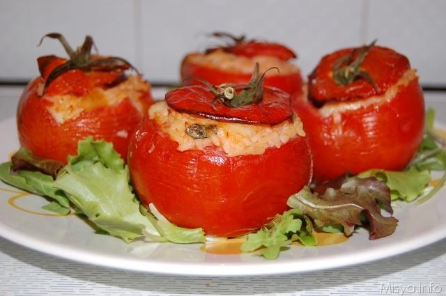 Помидоры, фаршированные рисом/Pomodori ripieni