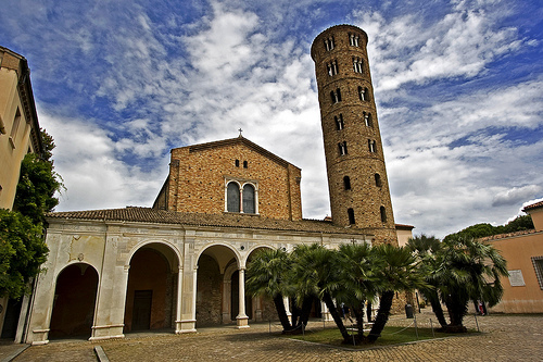 Базилика Сант-Аполлинаре-Нуово (Basilica di Sant'Apollinare Nuovo)