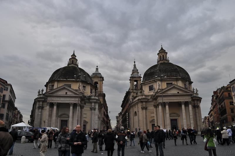 Санта Мария деи Мираколи (S. Maria dei Miracoli) и Санта Мария ин Монтесанто (Santa Maria in Montesanto)