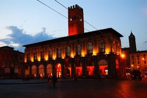 10 причин, по которым стоит посетить Болонью