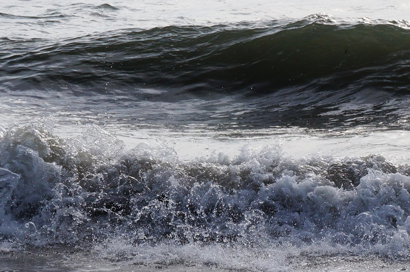 Море штормит...