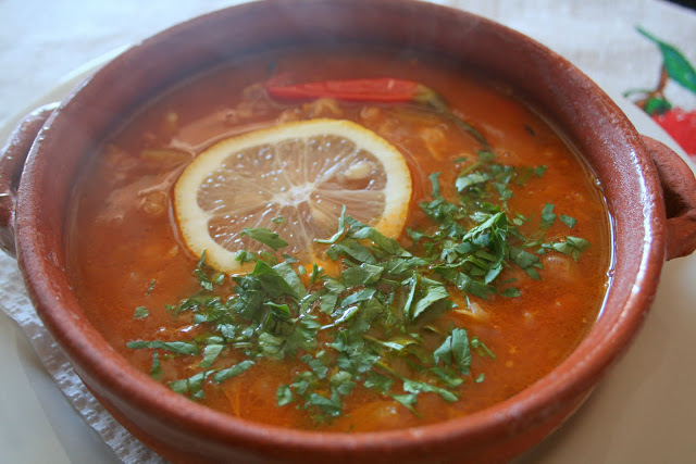 Густой суп с рисом и сладким перцем