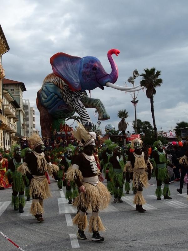 Карнавал Виареджио(добавила фотку)